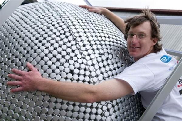 Lielākā pudeles korķīscaronu... Autors: dirty minded freak 10 interesanti pasaules Ginesa rekordi.