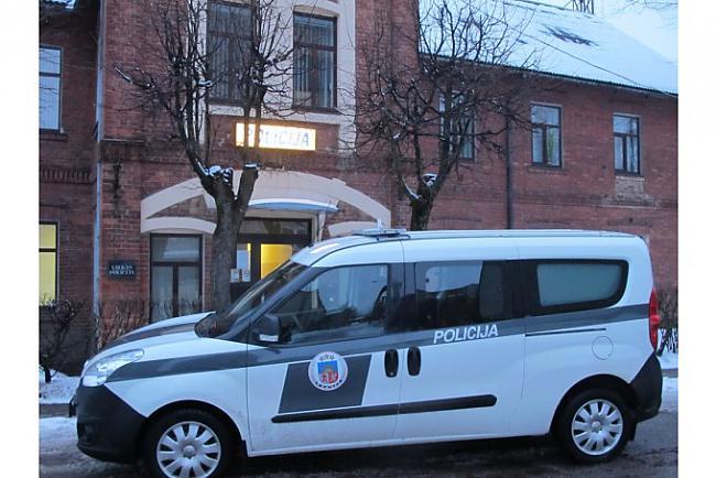 Opel Autors: artursk2008 Policijas pravietošanas līdzeklis Latvija!