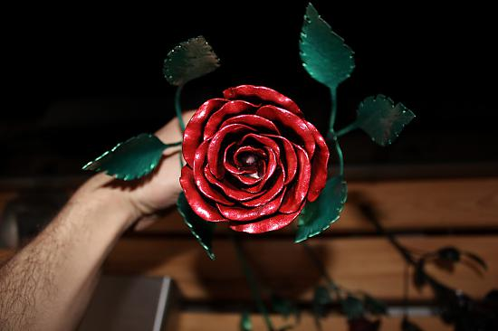 Roze no metāla. Never ending rose. Metal rose hand made
