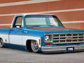 1977 Chevrolet C10 Silverado Custom Air Ride ​tapšana.